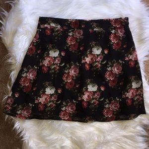 NWOT floral mini skirt